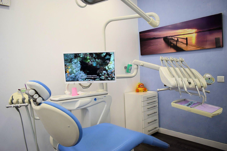 Centre dental dra Casaus 13