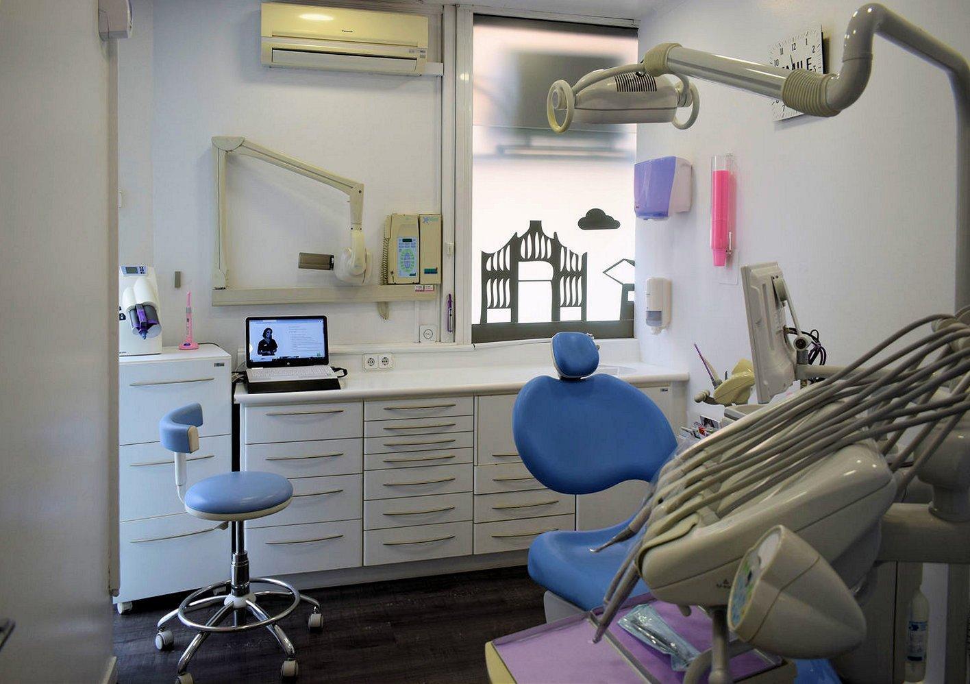 Centre dental dra Casaus 14