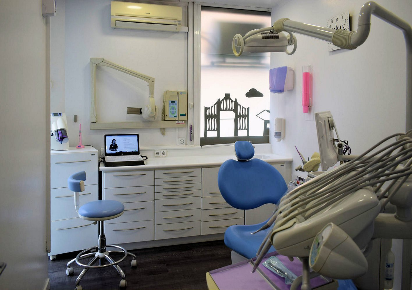Centre dental dra Casaus 14
