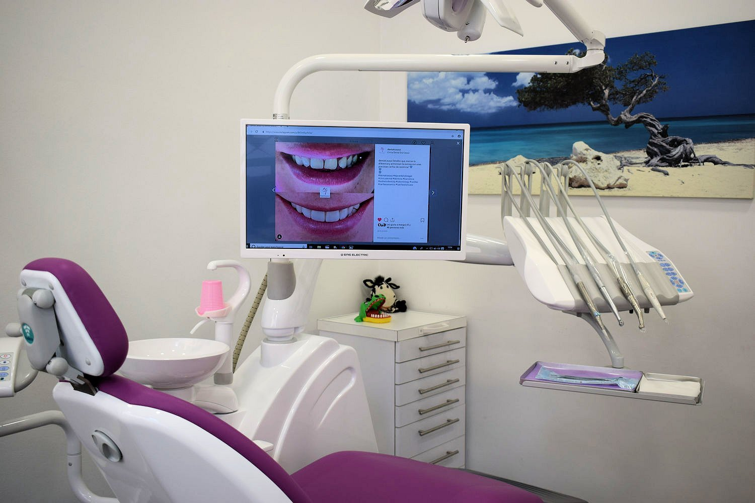 Centre dental dra Casaus 16
