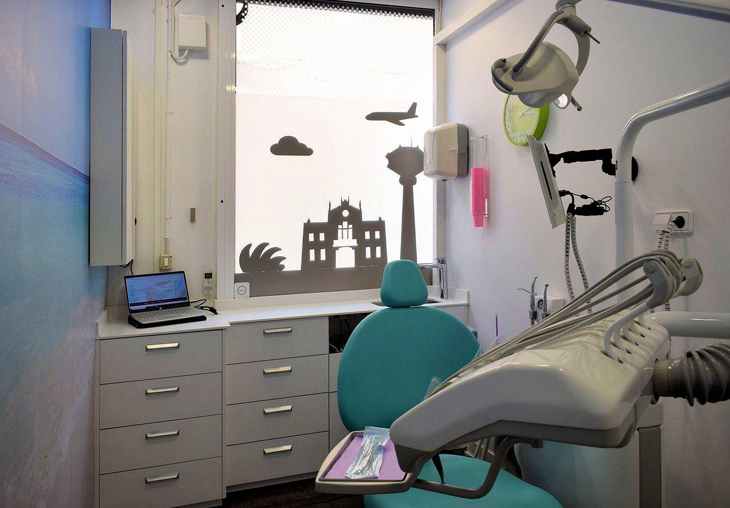 Centre dental dra Casaus 19